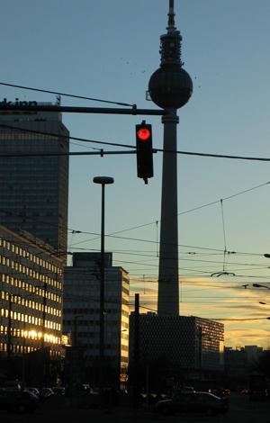 Rundfahrt Berlin Ost Berlin Alexanderplatz Fernsehturm