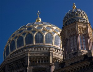 See New Synagogue on a walking tour Jewish Berlin