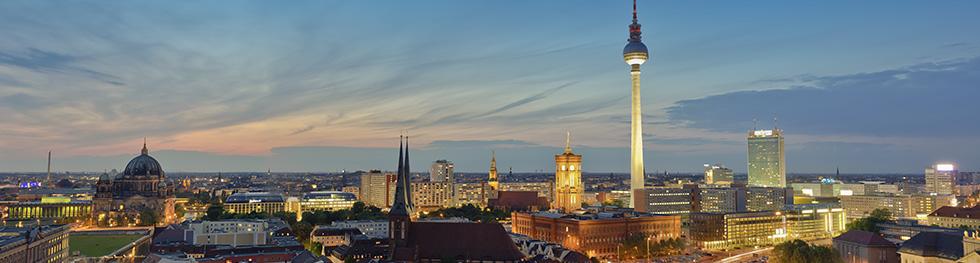 berlin-ueberblick-panorama-ueber-uns