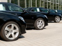 private sedan and minivan tours Berlin