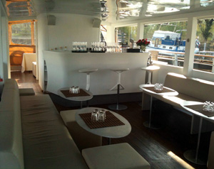 Private boat tour Berlin - an exclusive experience