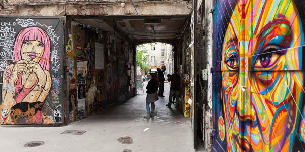 Best walking tours in Berlin - Courtyards of old Berlin
