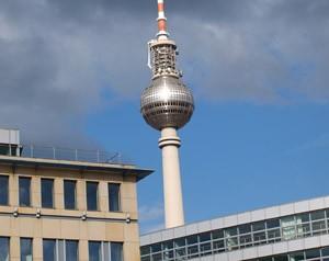Fernsehturm Berlin, die Rache des Papstes
