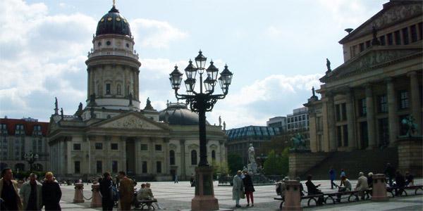 Sightseeing Tour East-Berlin